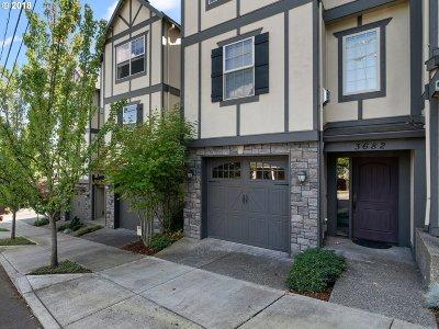 Portland Condo/Townhouse For Sale: 3682 SW Baird St