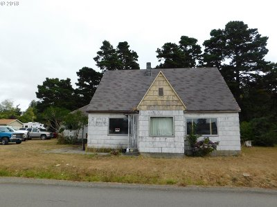 Bandon Single Family Home For Sale: 45 North Ave