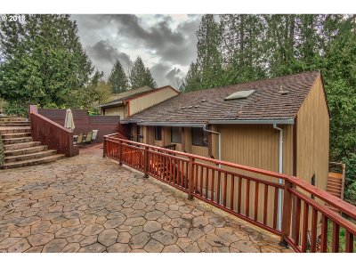 Tigard Single Family Home For Sale: 9835 SW Ventura Ct