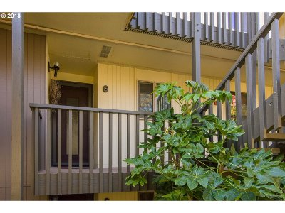 Eugene OR Condo/Townhouse For Sale: $149,000