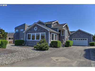 Bandon Single Family Home For Sale: 1137 7th St SW