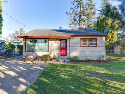 Single Family Home For Sale: 1438 SE 174th Ave