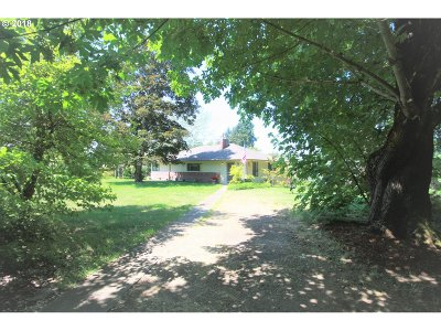 Canby Single Family Home For Sale: 2551 SE Territorial Rd