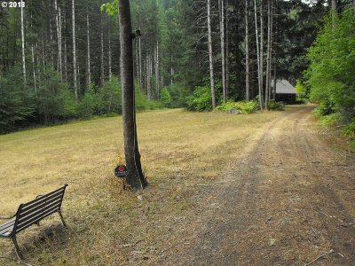 Mapleton Single Family Home For Sale: 17980 Hwy 126