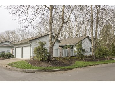 Wilsonville Single Family Home For Sale: 32005 SW Cypress Pt