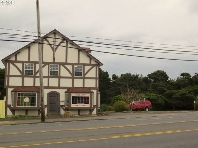 Lincoln City Commercial For Sale: 412 SE Hwy 101