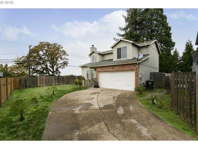 Single Family Home For Sale: 20835 SW Eggert Way
