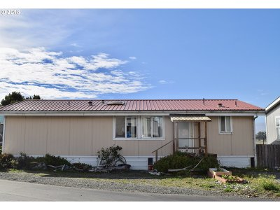 Gold Beach OR Single Family Home For Sale: $89,000