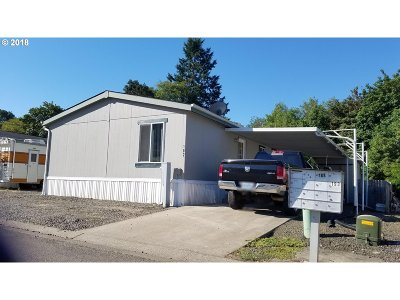 Sutherlin Single Family Home For Sale: 550 S State St #182