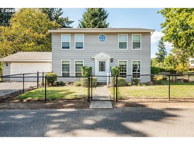 Milwaukie, Clackamas, Happy Valley Single Family Home For Sale: 14331 SE Amelia Ct