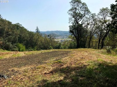 Roseburg Residential Lots & Land For Sale: 1158 Sweetbrier Ave