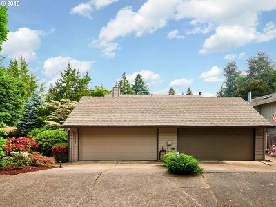 Tigard Single Family Home For Sale: 7995 SW Fanno Creek Dr