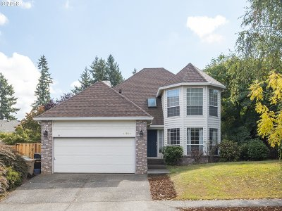 Tualatin Single Family Home For Sale: 22800 SW Vermillion Dr