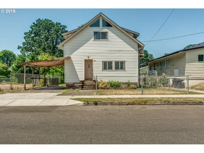 Woodland Single Family Home For Sale: 787 Dale St