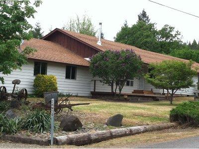 Junction City, Harrisburg Single Family Home For Sale: 24920 Paradise Dr
