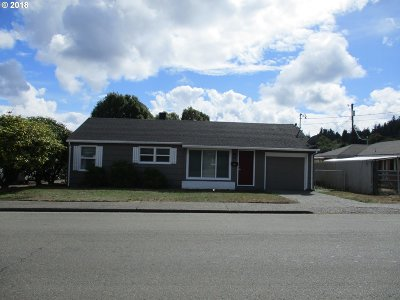 Coos Bay Single Family Home For Sale: 845 W Anderson