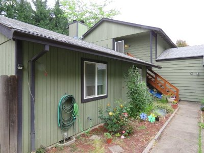 Beaverton Multi Family Home For Sale: 12285 SW Longhorn Ln