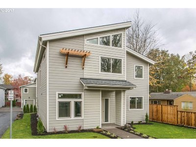 Single Family Home For Sale: 5305 SW Main Ave