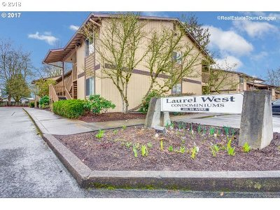 Hillsboro, Cornelius, Forest Grove Condo/Townhouse For Sale: 3404 19th Ave #203