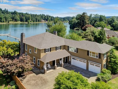 Lake Oswego Single Family Home For Sale: 13910 Stampher Rd