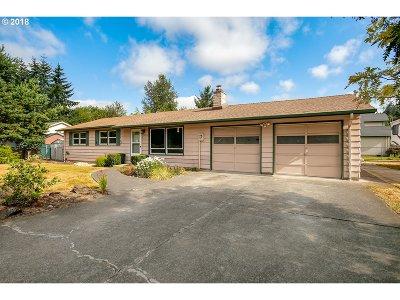 Clackamas Single Family Home For Sale: 12115 SE Melbrook Way