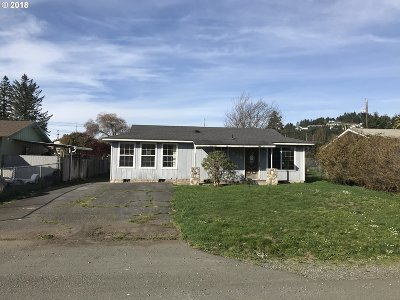Brookings Single Family Home For Sale: 420 Fir St