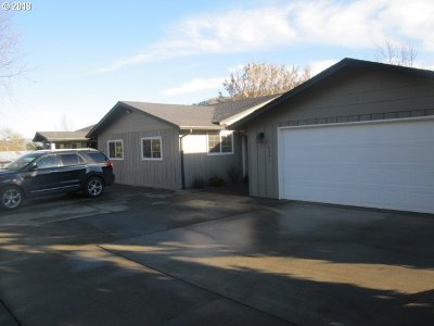 Douglas County Single Family Home For Sale: 4331 Happy Valley Rd