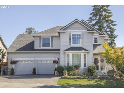 Oregon City Single Family Home For Sale: 12398 Fishermans Way