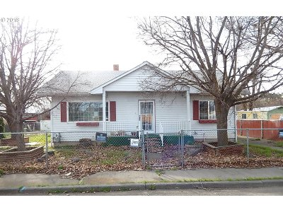 Pendleton Single Family Home For Sale: 21 SE 11th St