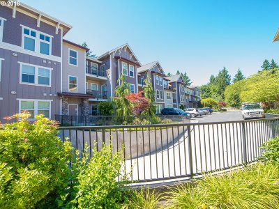 Gresham Condo/Townhouse For Sale: 1258 NW Shattuck Way #103