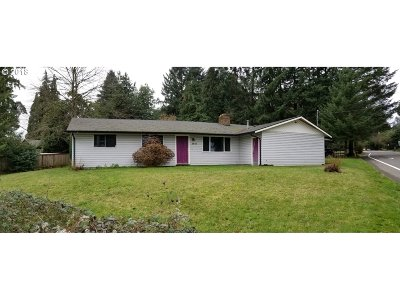 Tigard Single Family Home For Sale: 8640 SW McDonald St