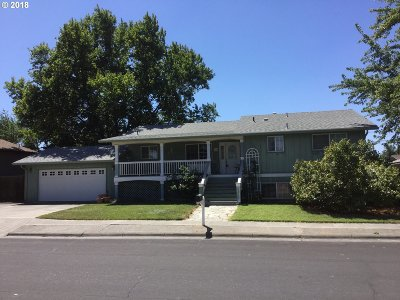 Hermiston Single Family Home For Sale: 205 W McKenzie Ave