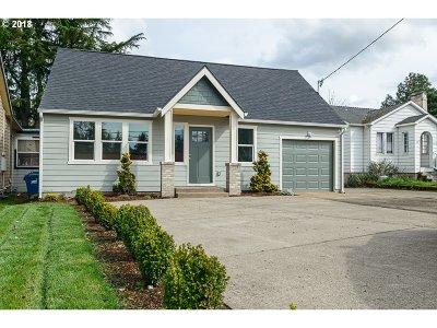 Salem Single Family Home For Sale: 2065 Market St