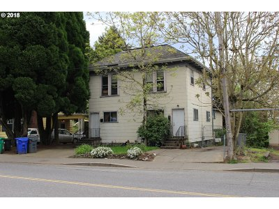 Portland Single Family Home For Sale: 21 SE 60th Ave