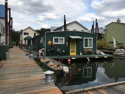 Portland Single Family Home For Sale: 7720 SW Macadam Ave #32