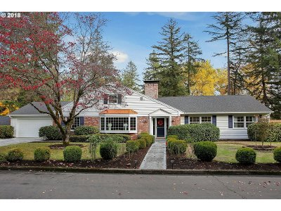 Beaverton Single Family Home For Sale: 6955 SW Merry Ln
