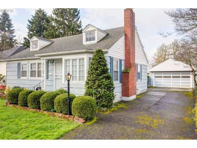 Portland Single Family Home For Sale: 2809 SE 75th Ave
