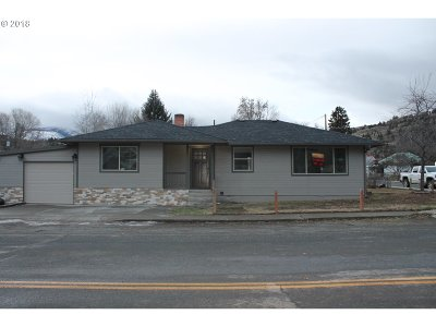 Grant County Single Family Home For Sale: 313 NW Bridge St