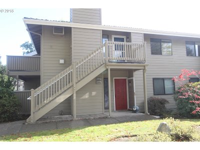 Eugene Condo/Townhouse For Sale: 2007 Lake Isle Ter