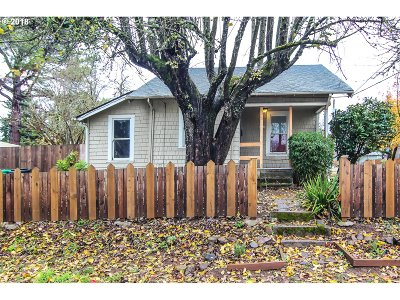 Single Family Home For Sale: 5120 SE 45th Ave