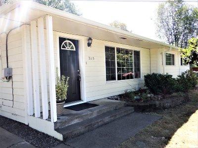 Roseburg Single Family Home For Sale: 2115 NW Kline St
