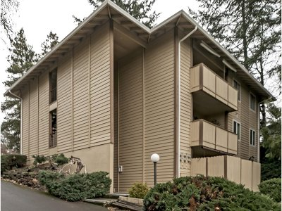 Sherwood Condo/Townhouse For Sale: 16700 SW Gleneagle Dr #66