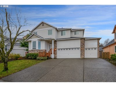 Ridgefield Single Family Home For Sale: 907 N 9th Way