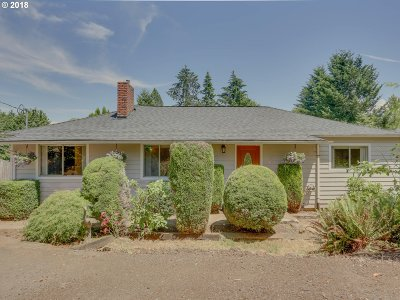 Oregon City, Beavercreek, Molalla, Mulino Single Family Home For Sale: 18140 S Christine Ct