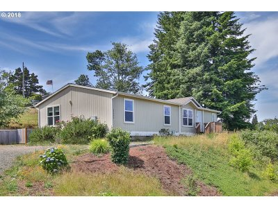 Coos Bay Single Family Home For Sale: 63470 Second St Loop