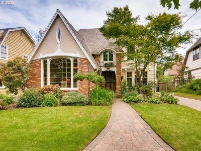 Portland Single Family Home For Sale: 2220 NE 32nd Ave