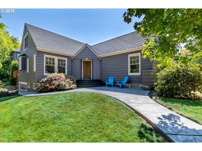 Multnomah County Single Family Home For Sale: 7610 SE 30th Ave