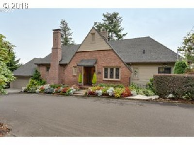 Single Family Home For Sale: 580 NW Alpine Ter