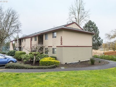 Portland Condo/Townhouse For Sale: 12608 NW Barnes Rd #1