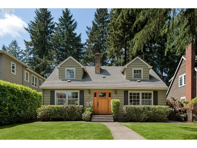 Lake Oswego Single Family Home For Sale: 630 9th St